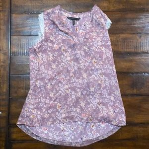 Like new WHBM floral tank with lace trim